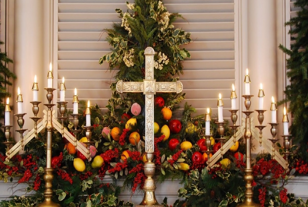 christmas-decorations-church1